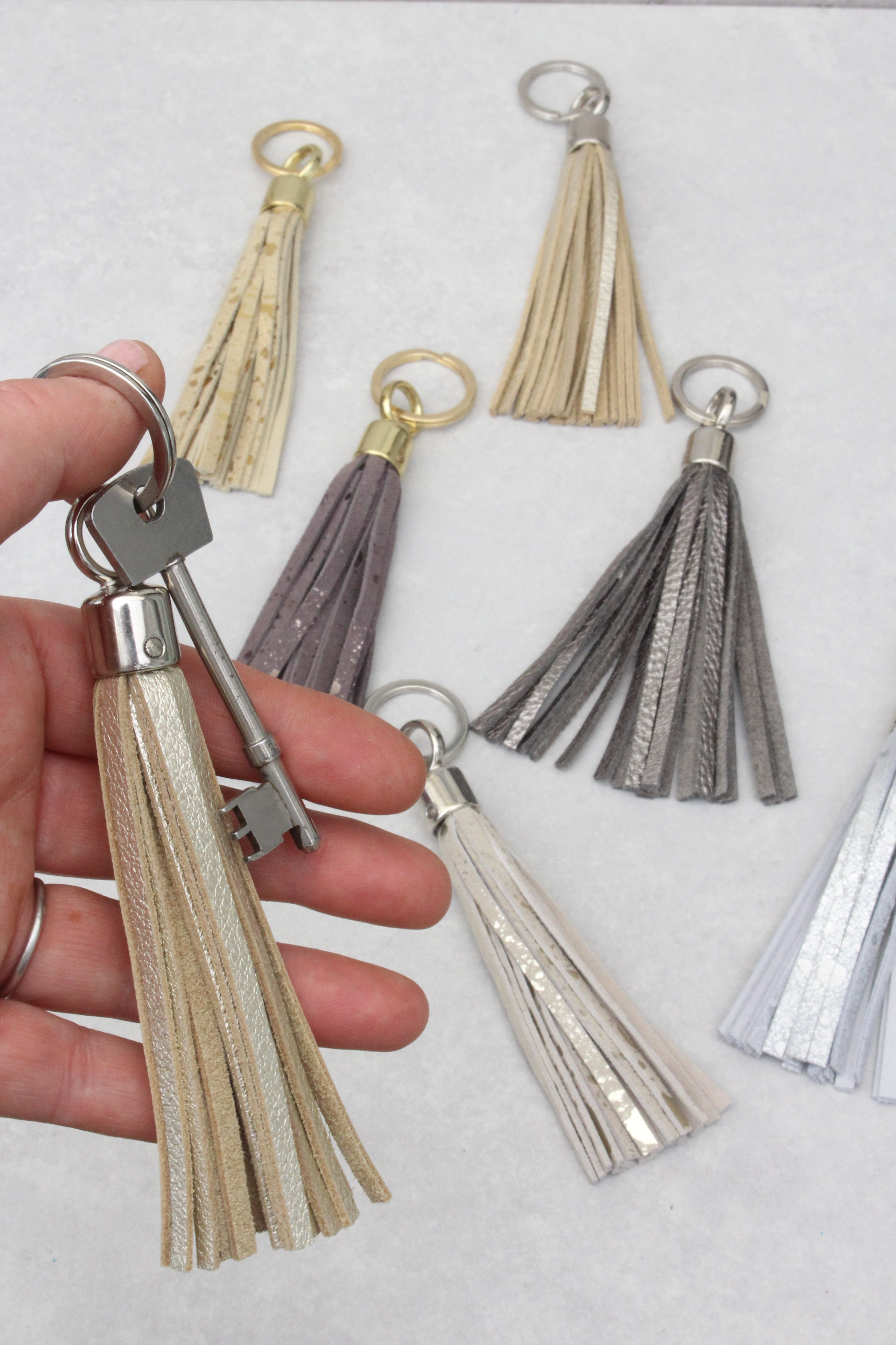 Swinbrook Tassel Keyring - Platinum Leather