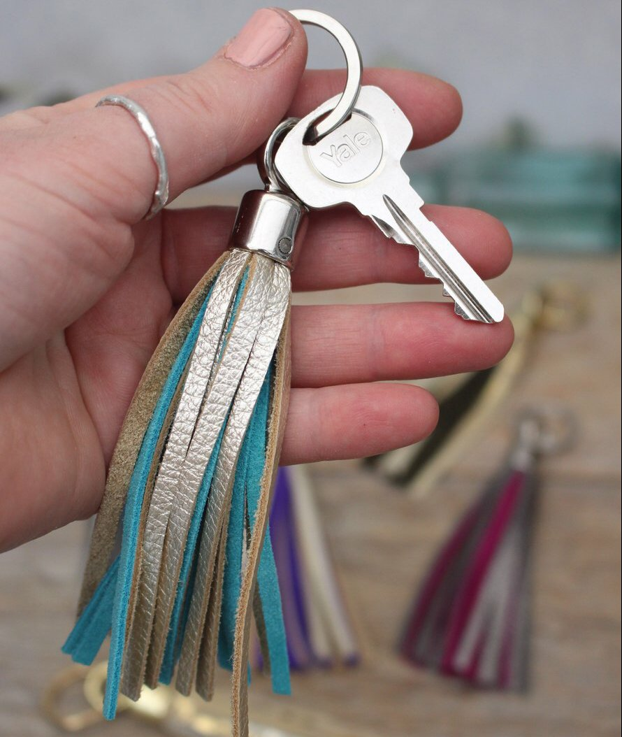 Swinbrook Tassel Keyring - Platinum Leather & Aqua Suede