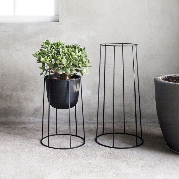 Menu Podstavec Wire Base 20 cm, Black - DESIGNSPOT