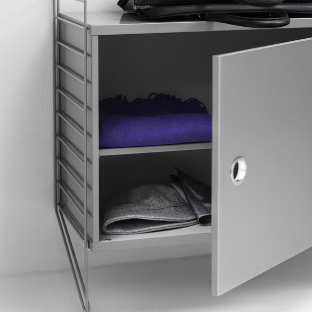 String Skříňka Cabinet with Swing Door, Grey - DESIGNSPOT
