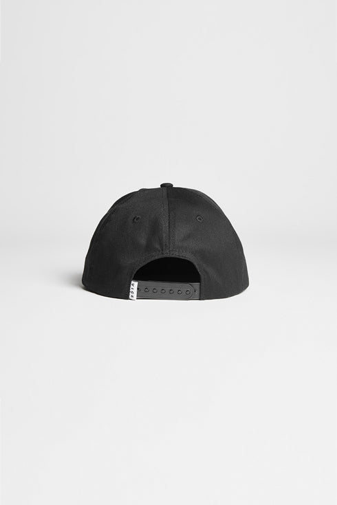 STACKED LOGO SNAPBACK HAT