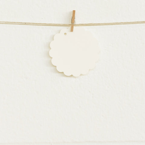 Scalloped Tags, Cream, 20pk