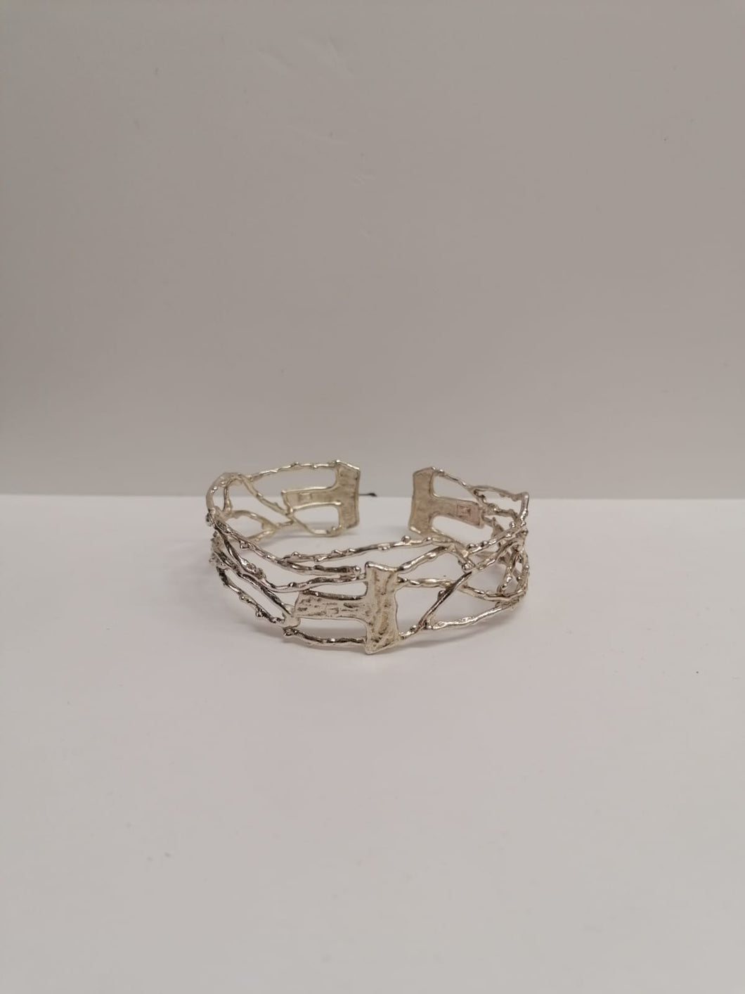 Bracciale rigido Lauda in argento 925 con Tau Made in Assisi