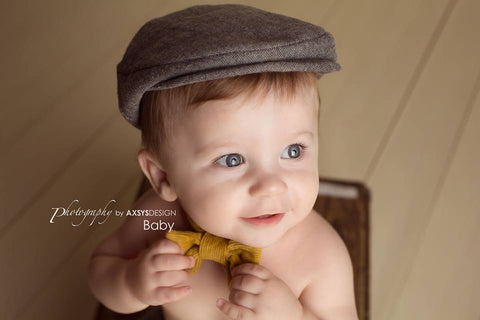 Flat Cap in Gray Herringbone