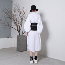 Load image into Gallery viewer, black kimono type belt back view