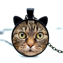 Load image into Gallery viewer, tabby cat face pendant