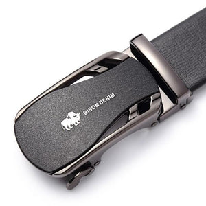 automatic adjustable leather belt up close buckle view