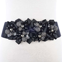 Load image into Gallery viewer, black and silver beaded elastic belt