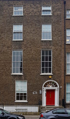 Photo of the front of Athena Counselling services 15 Lower Mount Street, Dublin 2