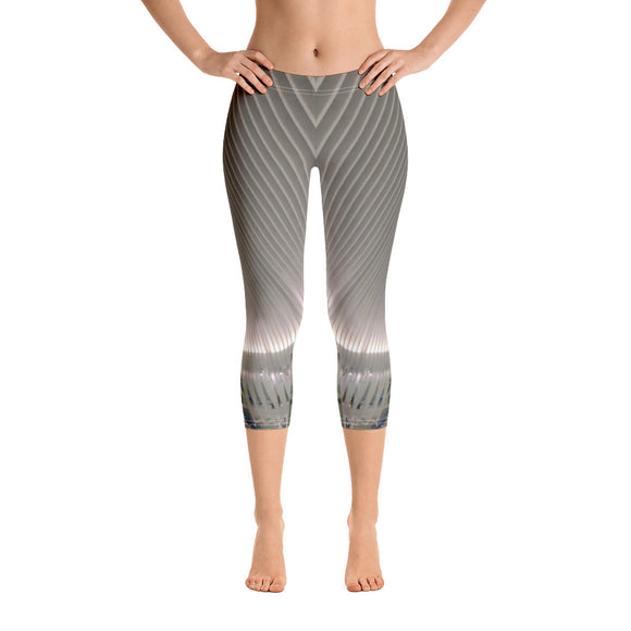 New York Collection: Building Architecture Capri Leggings