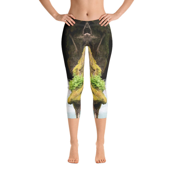Montana Collection: Glacier Falls Capri Leggings