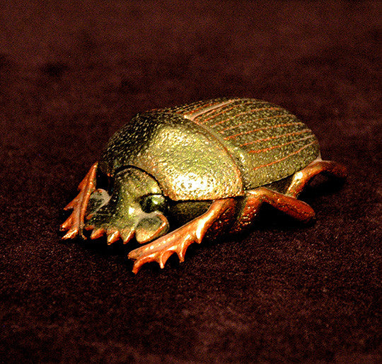 Artistic Hand Carved Scarab Holder - TnTCollectibles - 1