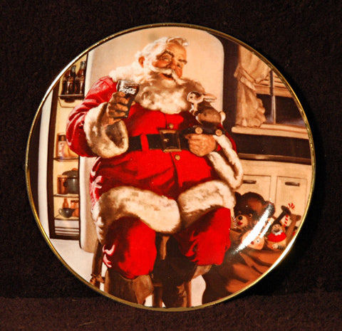 Coca Cola Santa Claus Franklin Mint Collector Plate Santa Pause 1994 Plate Number : HB 4854 - TnTCollectibles - 1