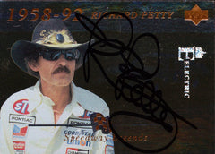 1995 UD NASCAR Racing #151 Richard Petty Autographed Card - TnTCollectibles