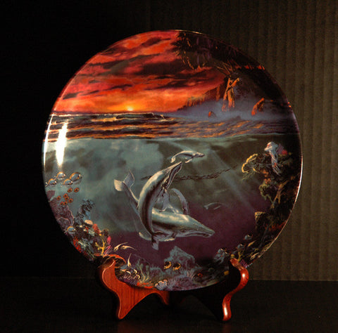 Circle of Light #3 Whales Bradford Exchange The World Beneath The Waves Collector Plate - TnTCollectibles