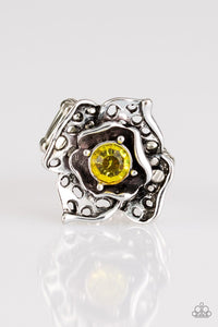 Glowing Gardens - Yellow - Jewels N' Thingz Boutique