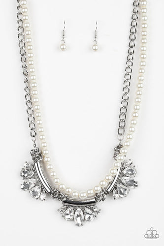 Bow Before The Queen - White - Jewels N' Thingz Boutique