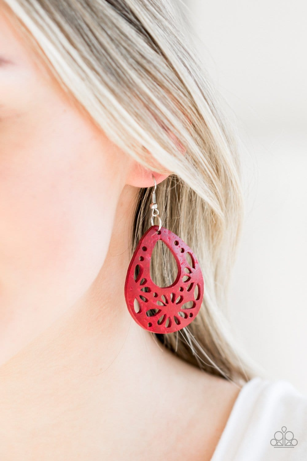 Merrily Marooned - Red: Paparazzi Accessories - Jewels N' Thingz Boutique