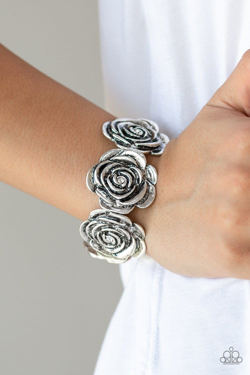 Floral Flamboyancy - Silver: Paparazzi Accessories - Jewels N' Thingz Boutique