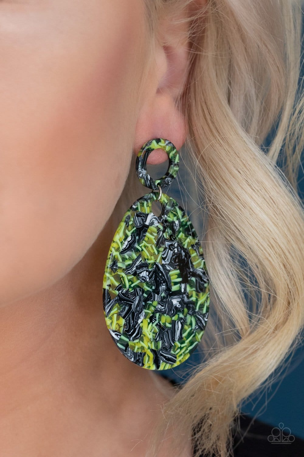 Retro-politan- Multi Acrylic Earrings: Paparazzi - Jewels N' Thingz Boutique