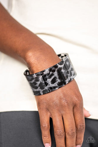 Top Cat - Silver Cheetah Acrylic Bracelet: Paparazzi