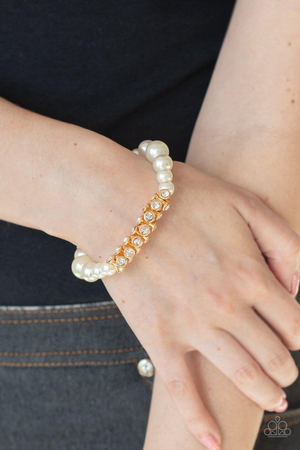 Paparazzi: Traffic-Stopping Sparkle - Gold Pearl Bracelet - Jewels N' Thingz Boutique