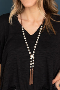 Paparazzi: Vintage Diva - Copper Pearl Tassel Necklace