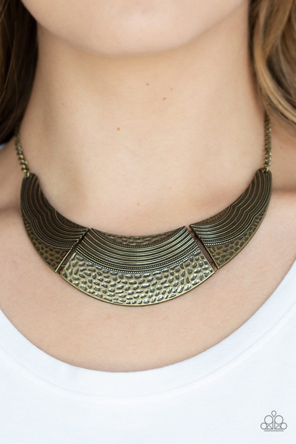 Paparazzi: Utterly Untamable Brass/Hammered/Antiqued Necklace