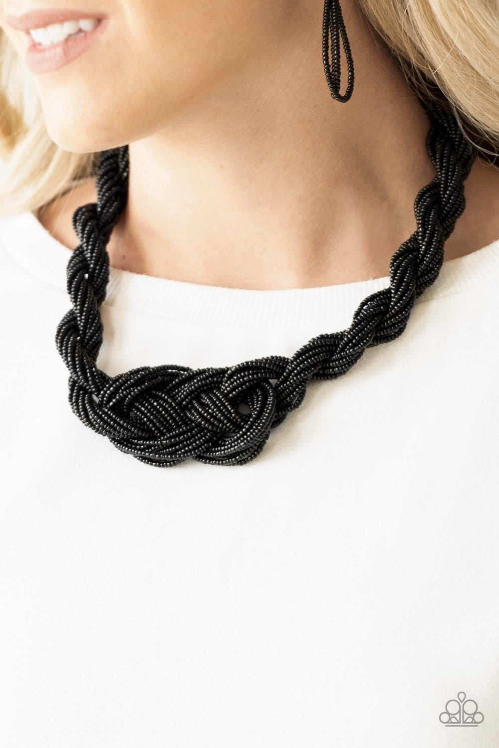 A Standing Ovation - Black Seed Bead Necklace