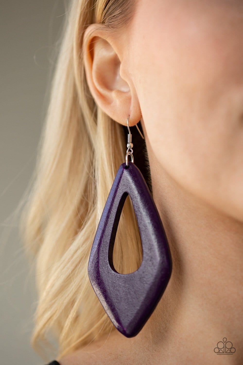 A SHORE Bet - Purple: Paparazzi Accessories - Jewels N' Thingz Boutique