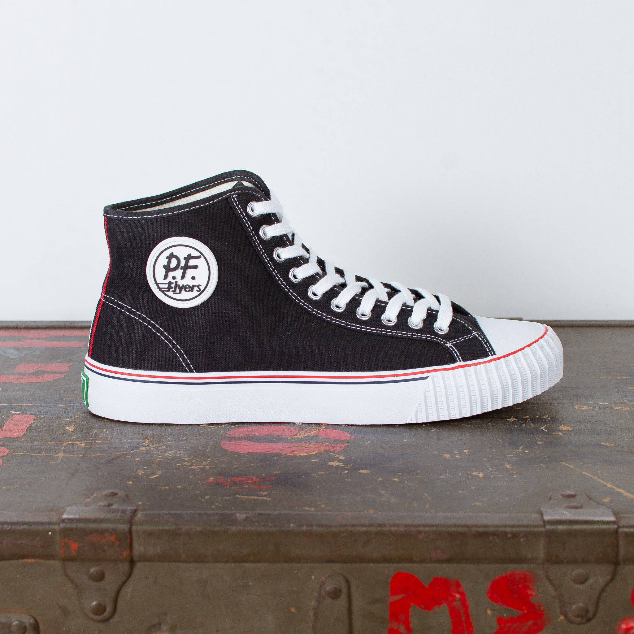 Center Hi Top Canvas Black/White