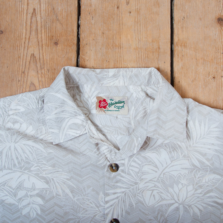 Hilo Hattie Grey Hawai'i Shirt