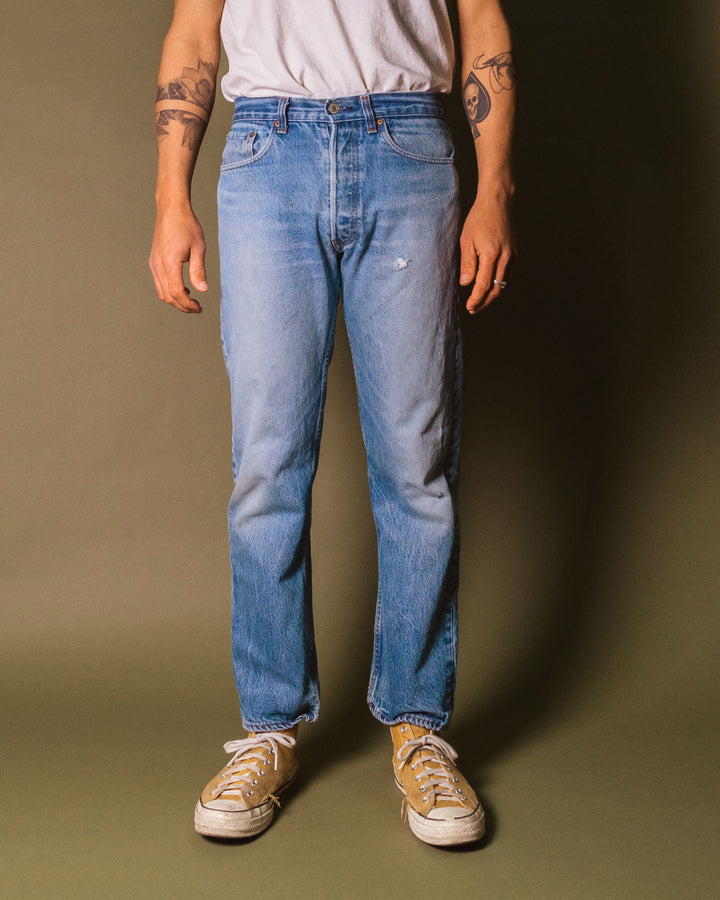 Levi's Orange Overlockstitch Worn