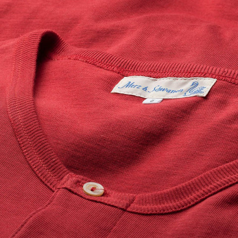 206 Henley Long Sleeve Rood