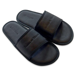 Manitobah Mukluks Full Grain Leather Slides (black)