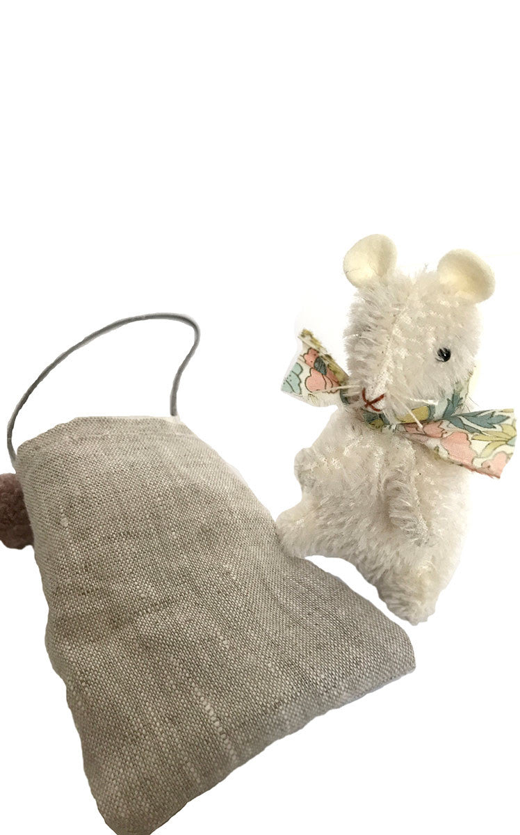 PDC mohair mouse + jess brown doll tote