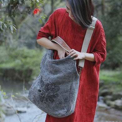 Hand Embroidered Linen Bag - TAIGS000