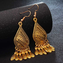 Load image into Gallery viewer, Metal Oversize Earrings - TAIGS000