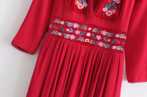 Floral Embroidery Dress - TAIGS000
