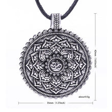 Load image into Gallery viewer, Meditation Amulet necklace - TAIGS000