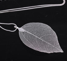 Load image into Gallery viewer, Leaf Pendant Necklace - TAIGS000