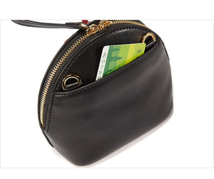 Tassel Shell Ladies Hand Bag - TAIGS000