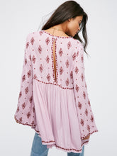 Load image into Gallery viewer, Diamond Embroidered Blusa - TAIGS000