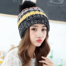 Load image into Gallery viewer, Knit Beanie Hat and Scarf Set - TAIGS000