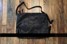 Load image into Gallery viewer, Handmade Dermal leather bags - TAIGS000