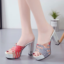 Load image into Gallery viewer, Super Square Platform Sandals - TAIGS000