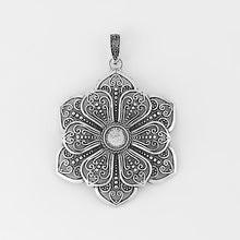 Load image into Gallery viewer, Antique Silver Flower Pendants - TAIGS000