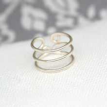 Load image into Gallery viewer, Hoop Toe Ring 14k - TAIGS000