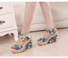 Load image into Gallery viewer, Lace Up women Wedge Sandals - TAIGS000