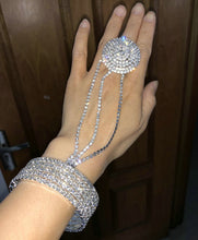 Load image into Gallery viewer, Rhinestone Hand Jewellery - TAIGS000